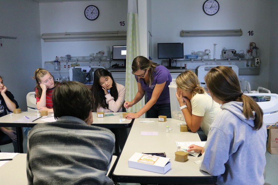Students in simulation lab during nurse camp